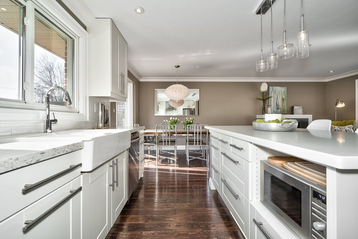 182-white-pines-drive-burlington-on-l7l-4e4-kitchen-2-buller-real-estate-group_00015