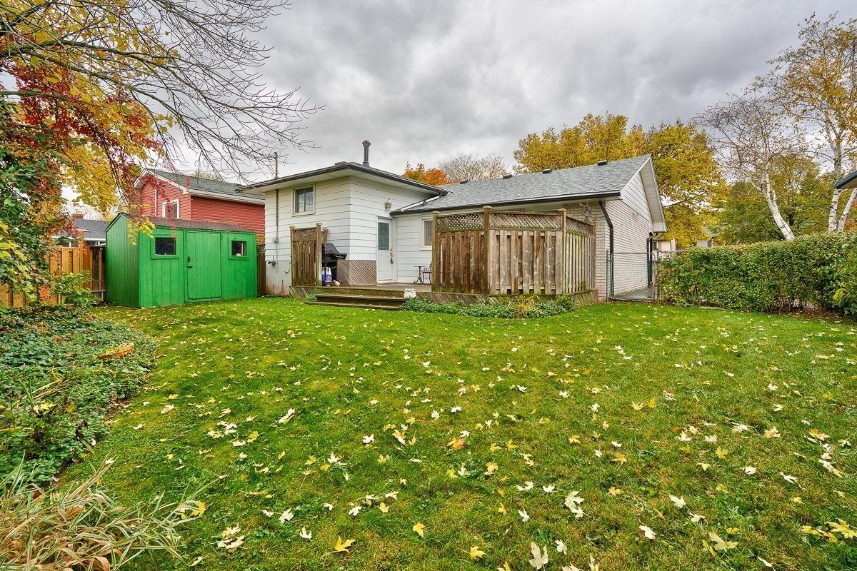 3416-rexway-drive-burlington-ontario-l7n-2l3_backyard-2