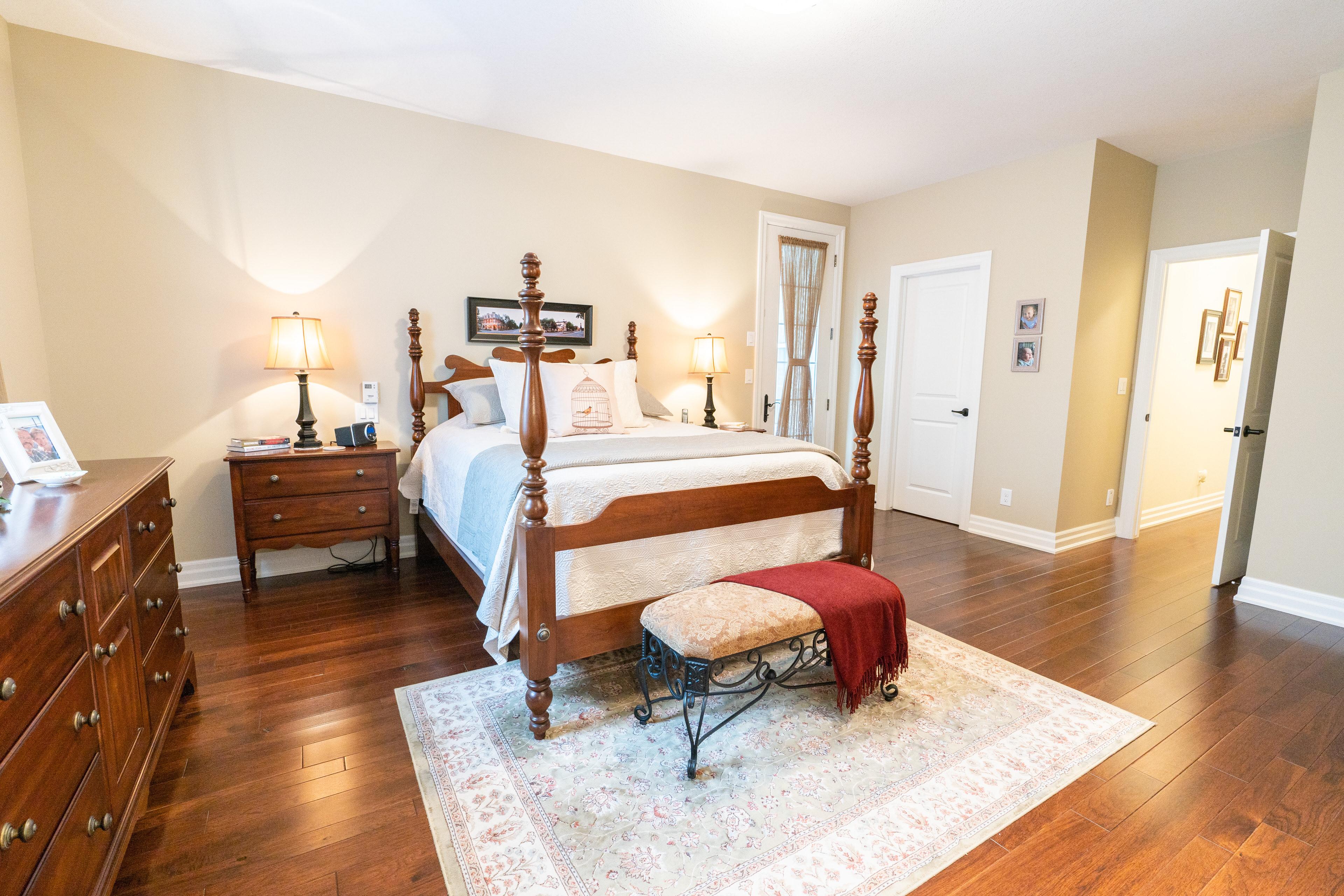 505 Simcoe Street, Niagara on the Lake, Ontario, L0S 1J0, mls, 5 Bedrooms Bedrooms, ,3 BathroomsBathrooms,Residential,Sold,Simcoe Street,1046